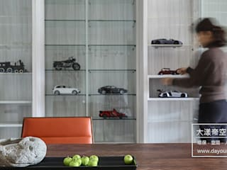 DYD INTERIOR大漾帝國際室內裝修有限公司 Paredes y pisos modernos