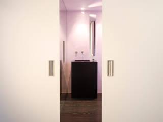 Poesie in Pastell Minimalistische Wände & Böden von HO³ Häusler Ortmann Innenarchitekten Minimalistisch