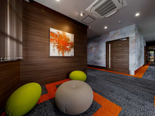 株式会社Juju INTERIOR DESIGNS Office buildings Wood Multicolored
