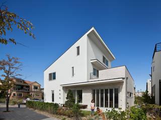 소통하는 집;LIFE_FACTORY通: 남기봉건축사사무소의  주택