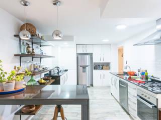 Cocinas de estilo  por Grupo E Arquitectura y construcción, Moderno