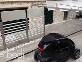 Modern Patio Balcone, Veranda & Terrazza in stile moderno di ibedi laboratorio di architettura Moderno