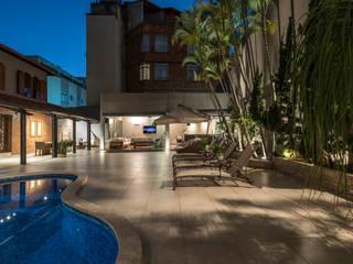 Jardines de estilo  por Andréa Buratto Arquitetura & Decoração