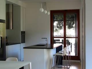 Cocinas de estilo  por T+T ARCHITETTURA, Moderno