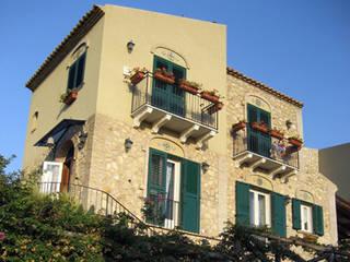 Abitazione privata a Licata Case in stile mediterraneo di Studio di Architettura Parodo Mediterraneo