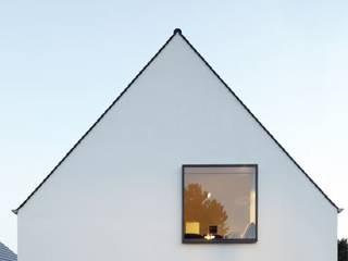 Casas de estilo  por Falke Architekten