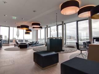 Lampenschirme - Bürogebäude Hamburg Moderne Geschäftsräume & Stores von lucere Modern