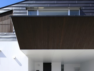 Moderne Häuser von ㈱ライフ建築設計事務所 Modern