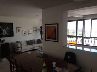 Maisons modernes par Studio + Arquitetura e Urbanismo Moderne