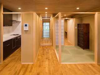 天井が一枚のマンション 和風デザインの ダイニング の 有限会社 起廣プラン 和風