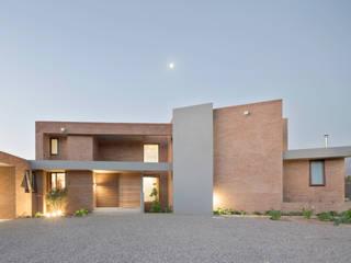 Casas de estilo  por Grupo E Arquitectura y construcción, Moderno