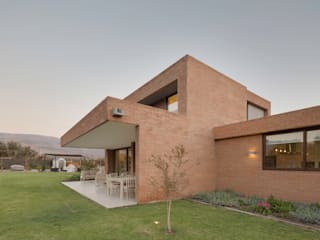 Häuser von Grupo E Arquitectura y construcción, Modern