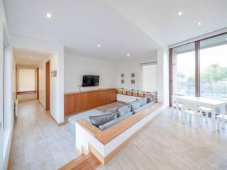 Bureau moderne par Grupo E Arquitectura y construcción Moderne