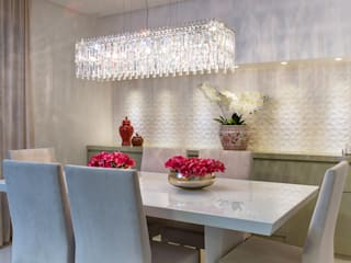 Eclectic style dining room by Haifatto Arq + Decor Eclectic