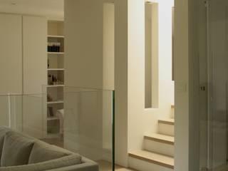 Livings de estilo  por T+T ARCHITETTURA, Moderno