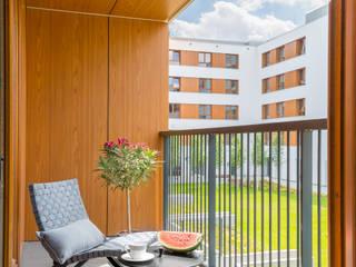 ELEGANCJA I PROSTOTA W JEDNYM Pracownia Architektury Wnętrz Decoroom Skandynawski balkon, taras i weranda
