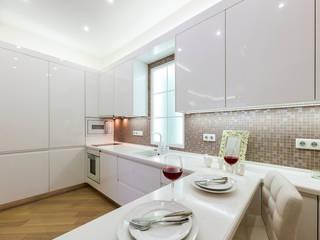 Modern Kitchen by Flatsdesign Modern