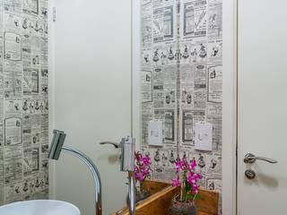 São Caetano 53 Banheiros modernos por Casa 27 Arquitetura e Interiores Moderno