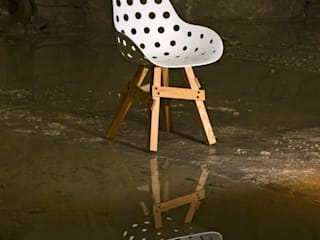 Icon chair: modern  door Studio Sander Mulder, Modern