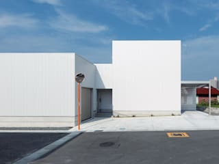 COURTYARD: 松井設計が手掛けた家です。