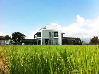 宜蘭三星農舍 現代房屋設計點子、靈感 & 圖片 根據 賴人碩建築師事務所 現代風