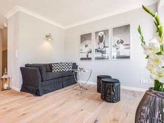 Salones de estilo  de Home Staging Sylt GmbH, Moderno