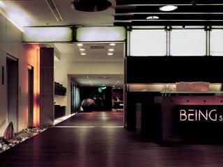 Minimalist walls & floors by 鼎爵室內裝修設計工程有限公司 Minimalist