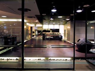 Minimalist style gym by 鼎爵室內裝修設計工程有限公司 Minimalist