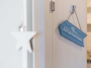 de Home Staging Sylt GmbH Moderno
