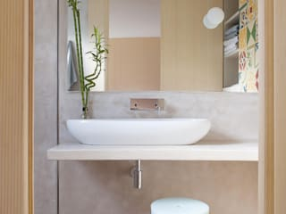 Bathroom by Sucursal urbana universo Sostenible