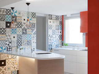 Modern Kitchen by homify Modern Tiles