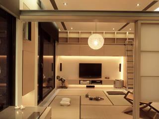 Minimalistische Schlafzimmer von 鼎爵室內裝修設計工程有限公司 Minimalistisch Sperrholz