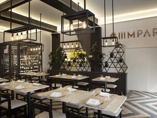 Restaurante IIIMPAR:   por Komorebi Arquitectura e Design de Interiores