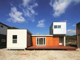 Rumah Modern Oleh 스마트하우스 Modern