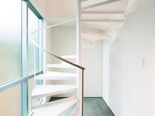 海沿いの家: 長井建築設計室が手掛けたです。