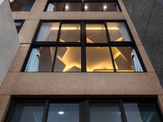 Ventanas de estilo  por Glocal Architecture Office (G.A.O) 吳宗憲建築師事務所/安藤國際室內裝修工程有限公司