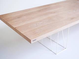 Stół do jadalni Kazoku od Nuxx Nowoczesny