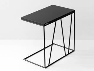 Stolik pomocniczy do sofy/fotela TIKA od Nuxx Skandynawski