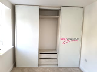 de style  par Slide Wardrobes London