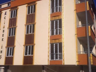 Wöber – Cam kenarlarında 3 boyutlu duvar paneli uygulaması:  tarz Evler