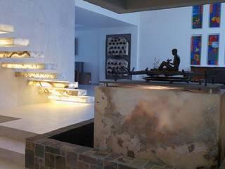 Acceso Rosario 15: Pasillos y recibidores de estilo  por LVC INTERIORISMO