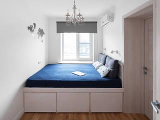 Modern Bedroom by Flatsdesign Modern