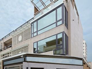 頭份郭公館 現代房屋設計點子、靈感 & 圖片 根據 映荷空間設計 現代風