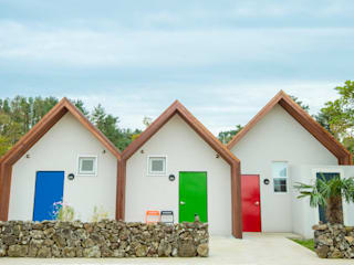 제주 유수암리 주택: 더 이레츠 건축가 그룹의  주택
