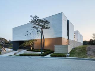 아키누스(건축동인) 건축사사무소 Modern Evler