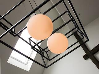 hanglamp: industriële Woonkamer door BinnenID
