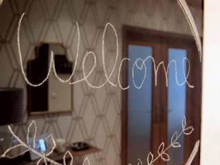 HALL - FEIJÓ: Corredores e halls de entrada  por maria inês home style