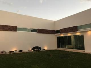 Casa LS138: Jardines de estilo moderno por arqui I zero  arquitectos