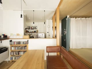 小上がりの畳スペースを有効活用: 株式会社スタイル工房が手掛けたです。