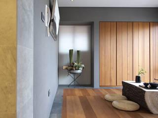 構築設計 Oficinas de estilo moderno